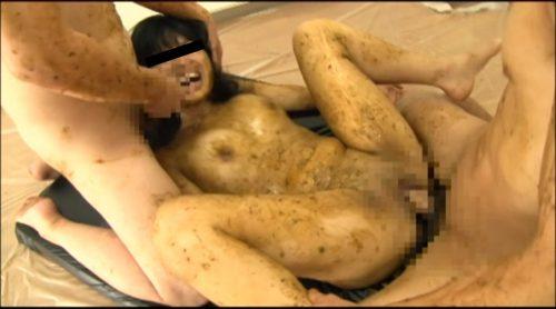 初潮を迎えたばかりの女子○学生 強制脱糞 塗り糞ファック-11